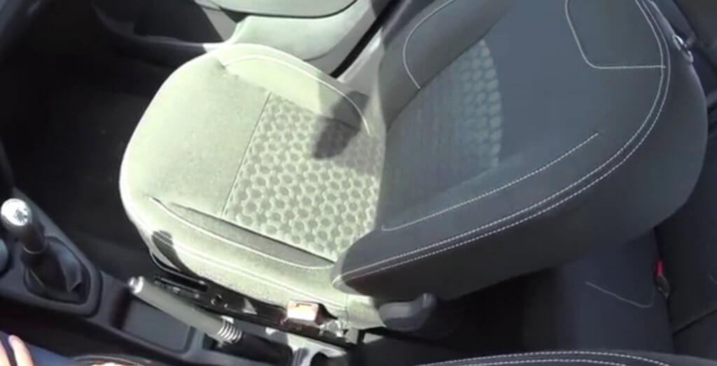 салон нового Renault Logan 2