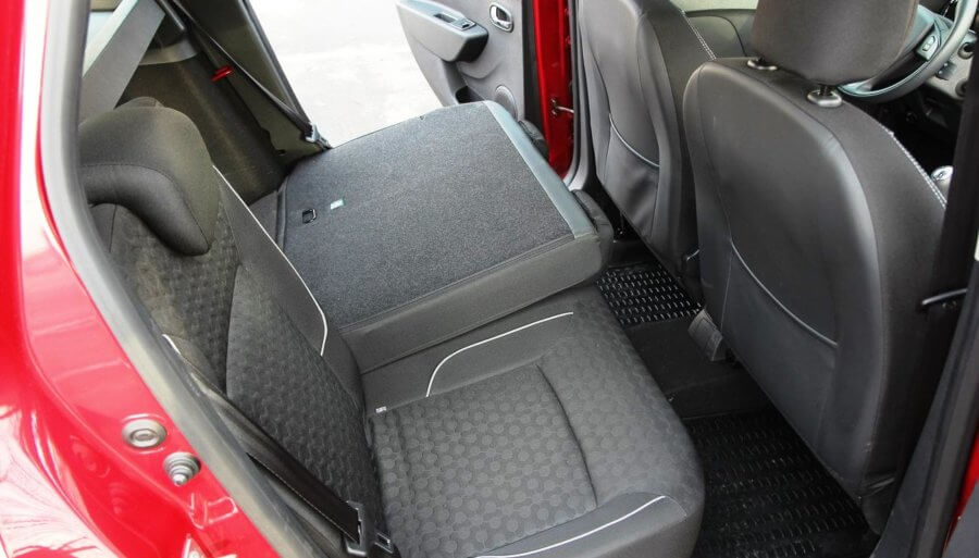 фото задних сидений Renault (Dacia) Logan MCV