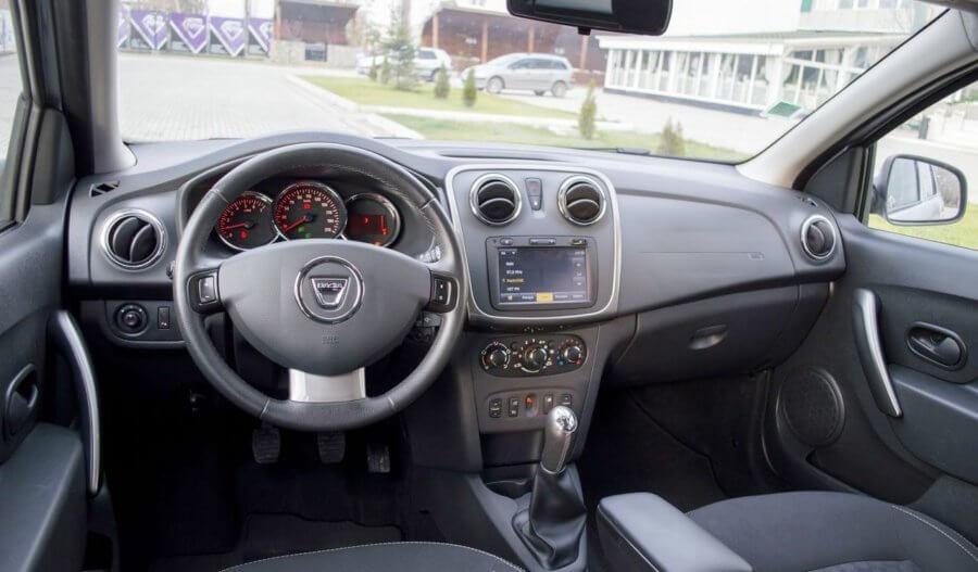 внутри Renault (Dacia) Logan MCV