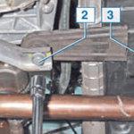 Замена нижней опоры двигателя Рено Логан